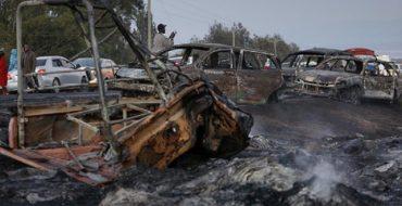 Kenya'da Kimyasal madde yüklü tanker kaza yaptı: 30 ölü